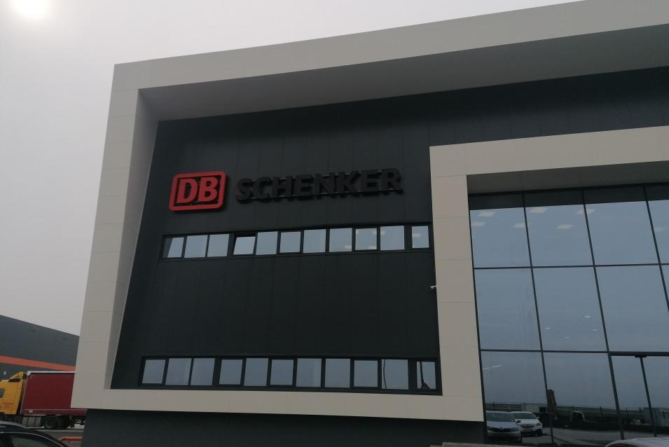 DB SCHENKER zgrada